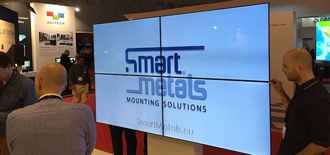 Display Halterungen bei Smart Metals.