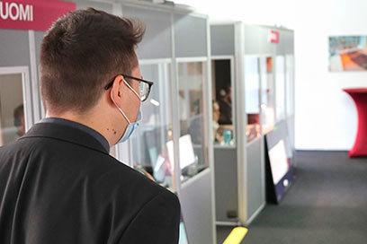 Sicherheit und Komfort in unseren Dolmetschstudios: Was wir bieten, was Sie berücksichtigen müssen